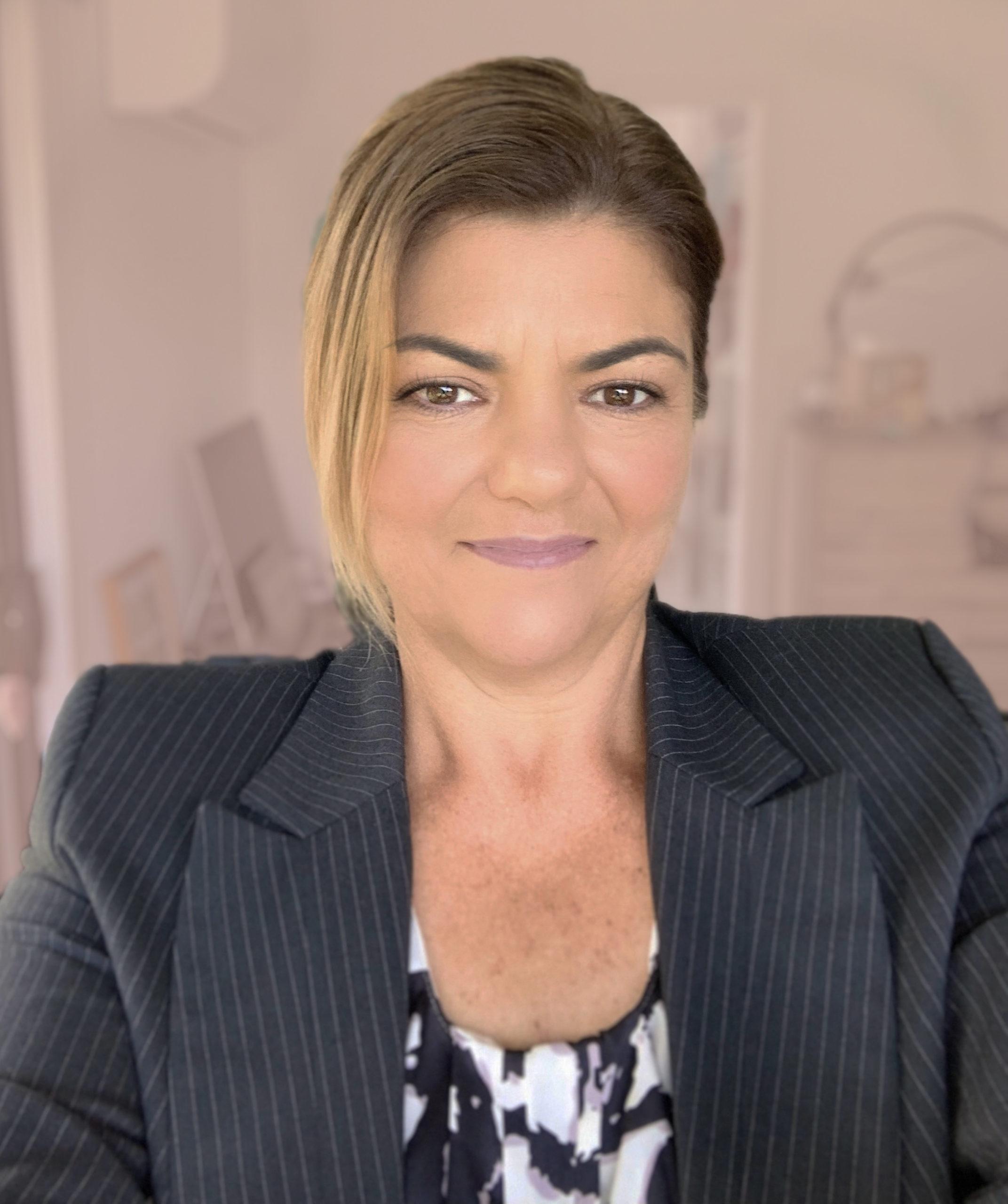 Maggie Haertsch SPECIALIST CONSULTANT / ADMINISTRATOR & ADVISOR